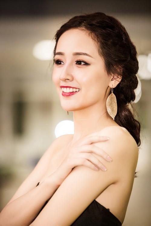 "mai phuong thuy dep rang ro, thao trang ""khoe than"" kin dao - 1"