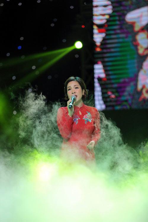 """qua tang thoi gian"": cung nguoi tre on lai nhung nam thang hao hung - 16"