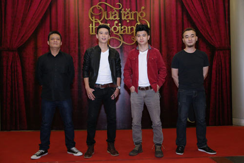 """qua tang thoi gian"": cung nguoi tre on lai nhung nam thang hao hung - 2"