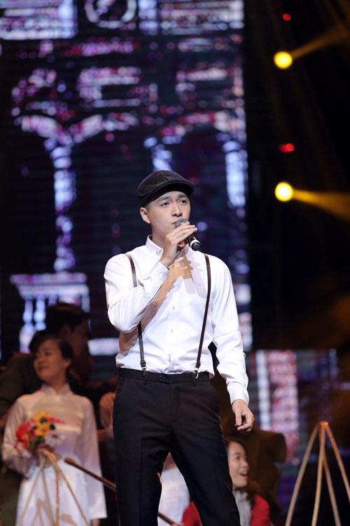 """qua tang thoi gian"": cung nguoi tre on lai nhung nam thang hao hung - 9"