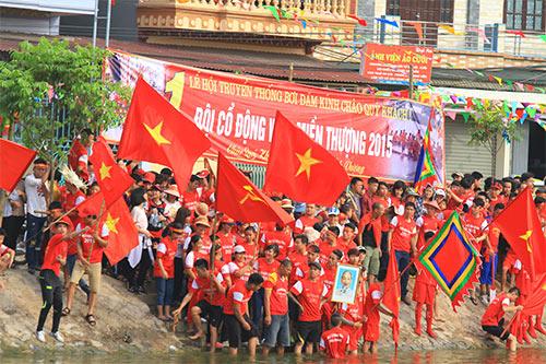 nghin nguoi doi nang co vu boi thuyen - 5