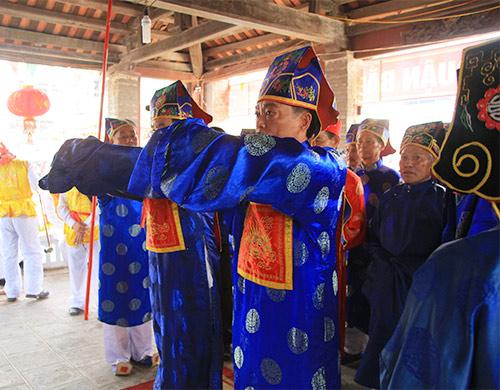 nghin nguoi doi nang co vu boi thuyen - 6