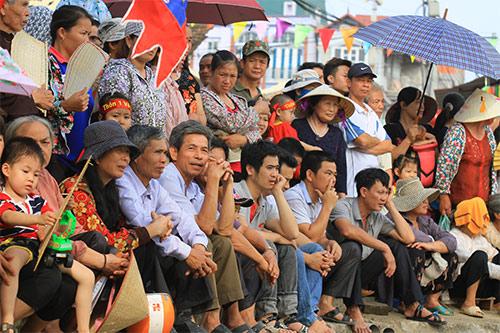 nghin nguoi doi nang co vu boi thuyen - 3