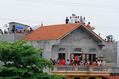 nghin nguoi doi nang co vu boi thuyen - 16