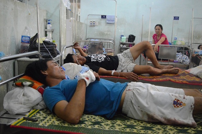 2 cong nhan thiet mang trong vu no bom o rung bach dan - 1