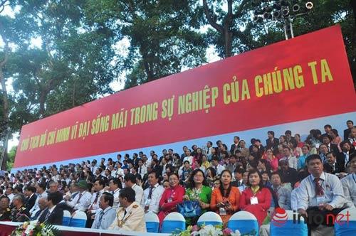 hao hung le dieu binh, dieu hanh mung dai le 30/4 - 9
