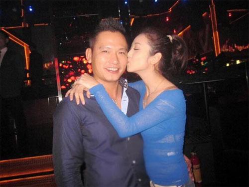 "jennifer pham hanh phuc duoc chong dua di ""giai ngo"" - 2"