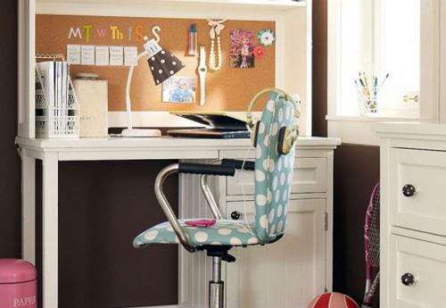Đổi vị trí bàn học cho bé tập trung hơn-1