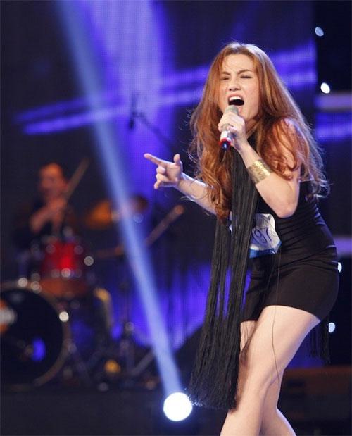 my nhan dau troc bi loai khoi top 10 vietnam idol - 8