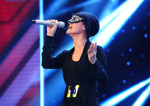 anh thuy the x-factor da bi mat ket hon - 1