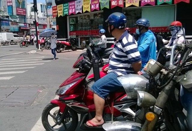 nguoi sai gon chong choi nang nong dinh diem - 7