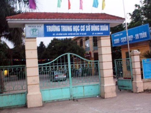 hoc sinh lop 8 dung thuoc go danh ban than tu vong - 1