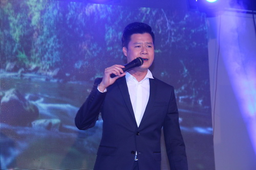 duy nhan duoc ung ho them 704 trieu dong - 12