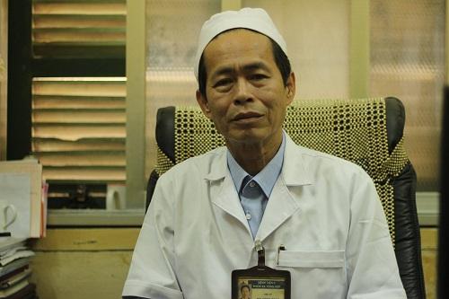chuyen gia 'phan phao' viec chua khoi ung thu cho 5.000 nguoi - 1