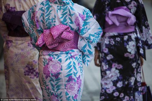 kham pha cuoc song ben trong cua geisha nhat ban - 16