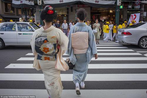 kham pha cuoc song ben trong cua geisha nhat ban - 18