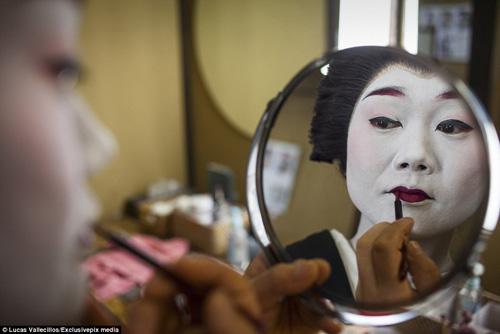 kham pha cuoc song ben trong cua geisha nhat ban - 5