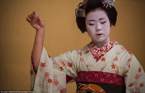 kham pha cuoc song ben trong cua geisha nhat ban - 6