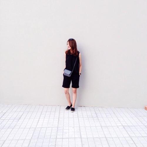 sac mau den - trang ngap tran street style viet - 1