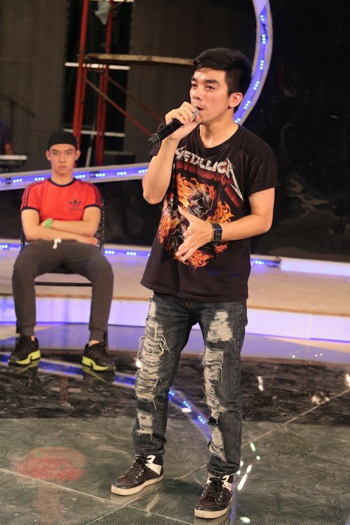 "uyen linh lam khach moi huong dan ""top 5 nam idol"" - 14"