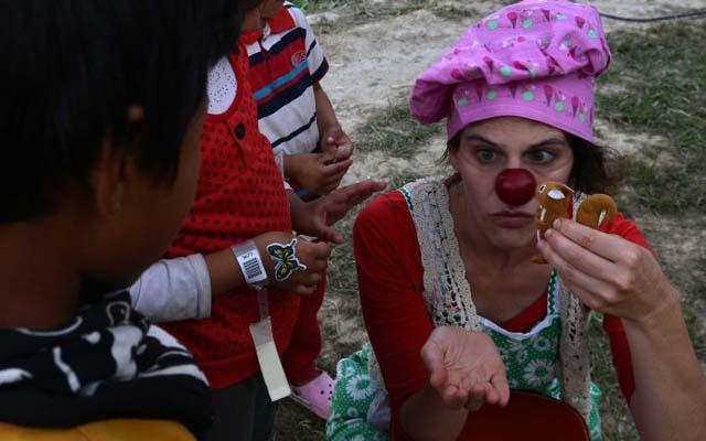 nhung chu he xoa diu noi dau cho nan nhan dong dat nepal - 1