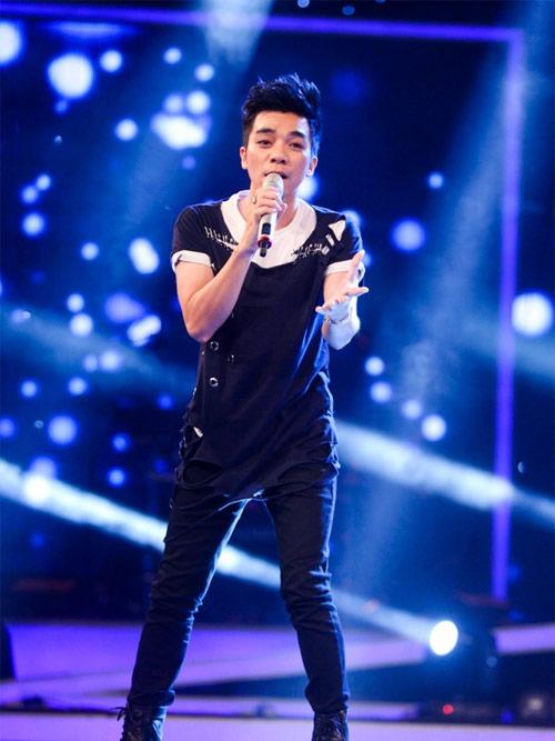 hotboy viet kieu toa sang trong dem thi top 5 nam idol - 4