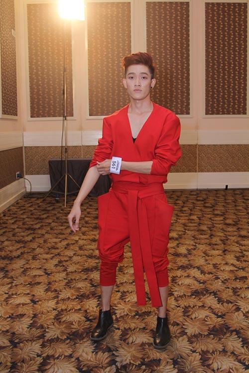 "tron mat vi thi sinh nam project runway dieu ""het nac"" - 7"