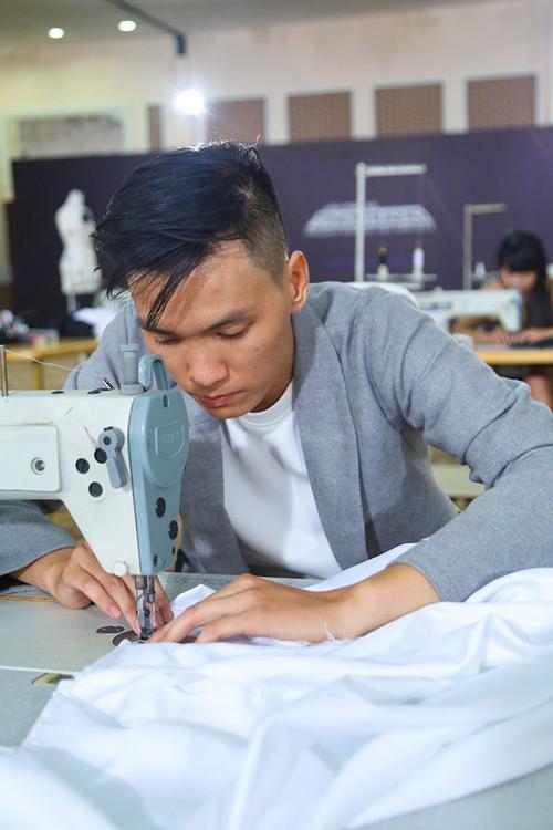 project runway 2015: thi sinh dau tri cang thang - 10