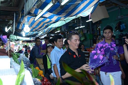 mr dam bat ngo xuong duong tang hoa cho phai dep - 2