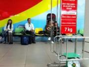 Tin trong nước - Cấm bay 6 tháng hành khách tát nhân viên hàng không