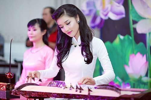 "trieu thi ha ""me hoac"" minh tam bui boi tieng dan tranh - 1"