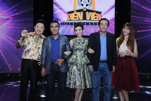 """hari won duoc dinh tien dat ho tong bang xe """"doc"""" - 3"""