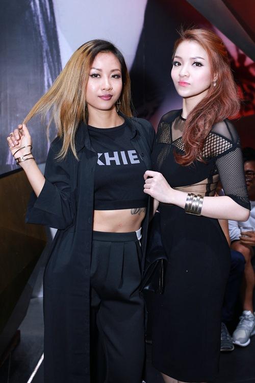 thuy top khoe dang chuan nho vay cut-out - 5