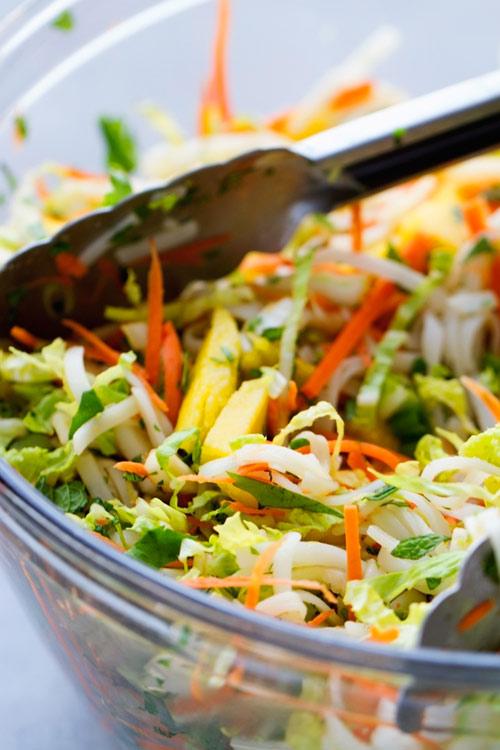 salad ga xoai gion ngon hap dan - 4