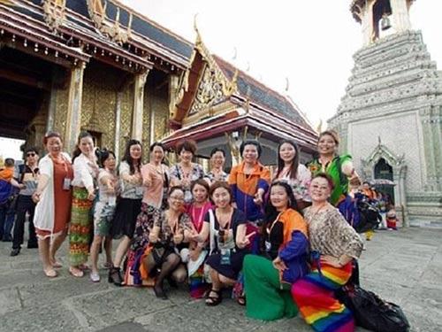 dai gia tq cho 12.700 nhan vien di du lich thai lan - 7