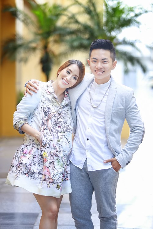 phan hien om chat khanh thi day tinh cam - 3