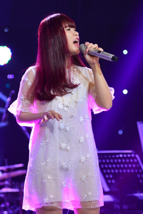 """the voice 2015: my tam """"gianh giat"""" thi sinh 16 tuoi - 8"""
