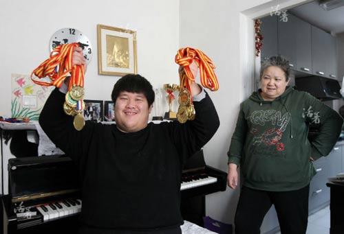 me bac dau 21 nam cham con song sinh tu ky, bai nao - 10