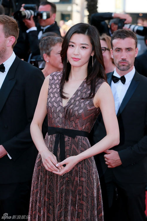 "jeon ji hyun khoe sac ""sang chanh"" tren tham do cannes - 1"