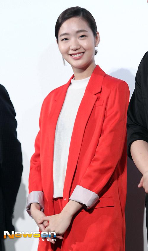 "jeon ji hyun khoe sac ""sang chanh"" tren tham do cannes - 6"