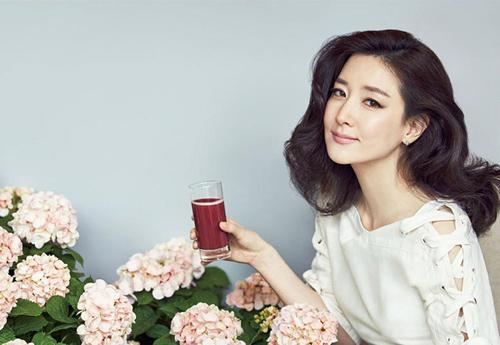 "jeon ji hyun khoe sac ""sang chanh"" tren tham do cannes - 10"