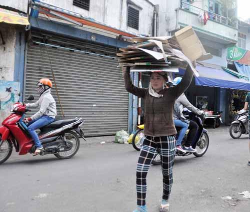 """Vụ 5 triệu Yên: """"Có tiền, tui mua gạo cho người nghèo""""-1"""