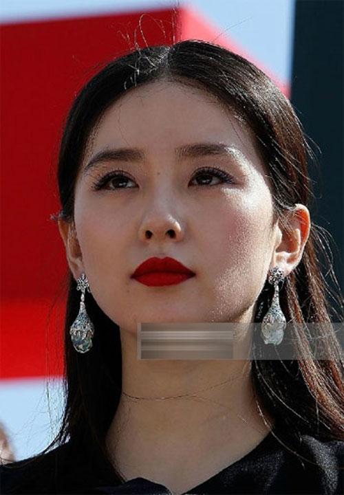 'Bộ mặt' thật của sao Hoa ngữ khi không photoshop-12
