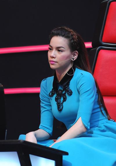 Mỹ Tâm không hề thua kém Hà Hồ trên ghế nóng The Voice-15