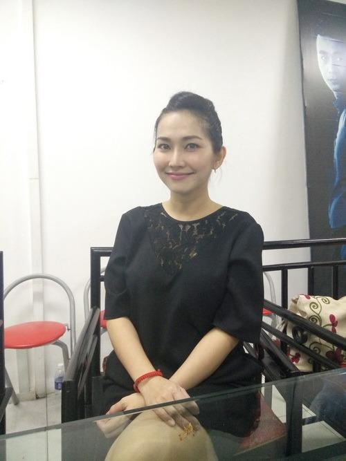 Kim Hiền khoe bụng bầu 6 tháng thon gọn-1