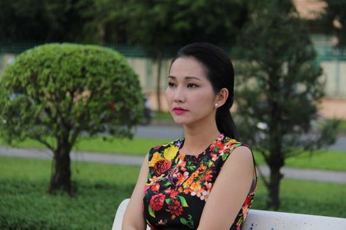 Kim Hiền khoe bụng bầu 6 tháng thon gọn-9