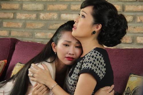 Kim Hiền khoe bụng bầu 6 tháng thon gọn-19