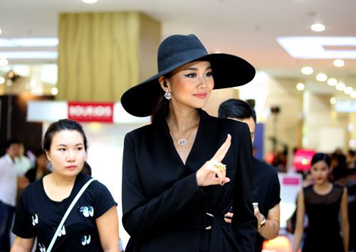 giam khao sanh dieu mac cuc la di cham thi vnntm 2015 - 1