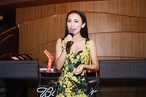 Huyền Ny gợi cảm diện váy 60 triệu đi tiệc-6