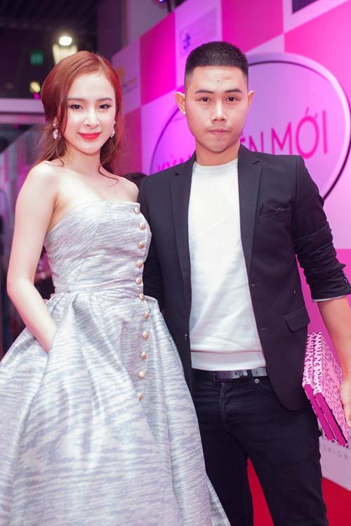 angela phuong trinh the hien dang cap tren tham do - 3